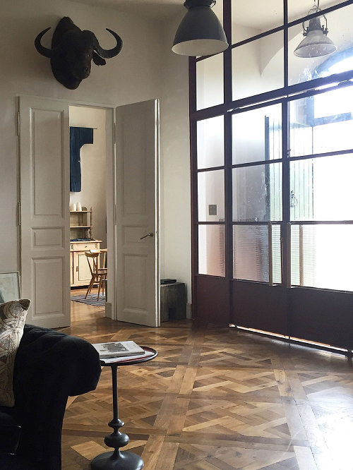 Landmark Tatton Versailles_living room