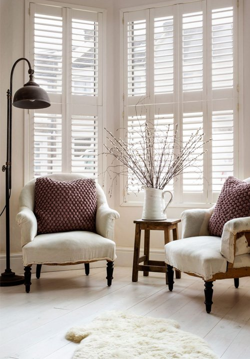 At Plantation Shutters Ltd, they understand how window dressings can transform a living space. Your choice of blinds helps create the character of your home, whether you're looking for contemporary or cosy, laid-back or luxurious, country-chic or city-slick. Whatever your style, you'll find the perfect fit for every room with their brand new range of premium made-to-measure roller, venetian, honeycomb and roman blinds.