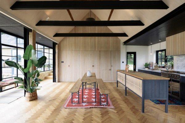 The-Sebastian-Cox-kitchen-by-deVOL
