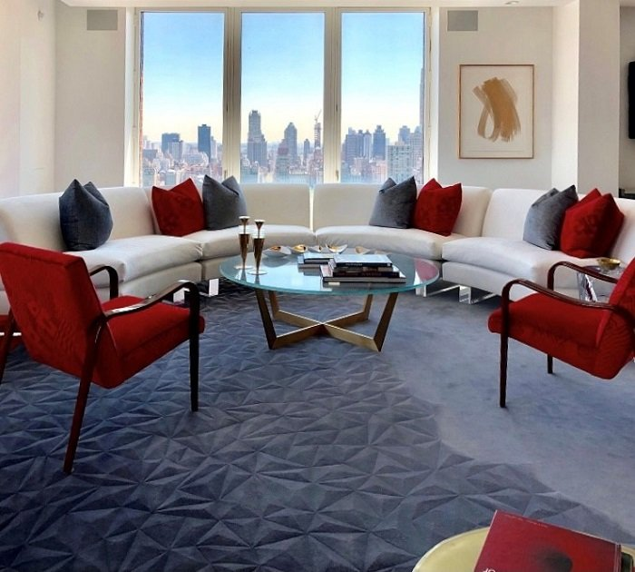 Topfloor-by-esti-how-to-choose-the-perfect-rug-Award-winning-Esquire-rug-in-an-Upper-West-Side-apartment-in-New-York-City