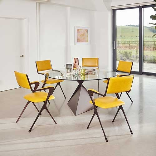 Tom Faulkner AVA-dining-table-with-Vienna-Carver-chairs