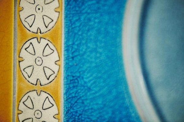 Ceramic art: Craven Dunnill Jackfield /Frances Priest