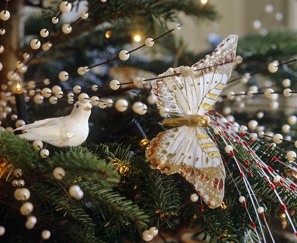 Tree Decorations - Christmas decorating tips