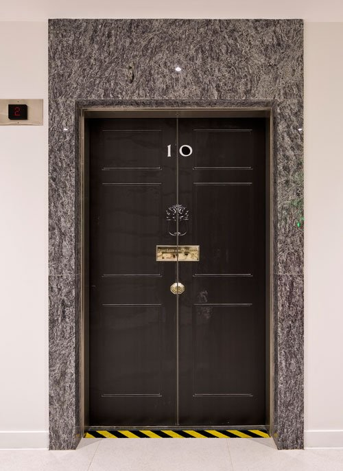No10 lift sticker by Wallpapered