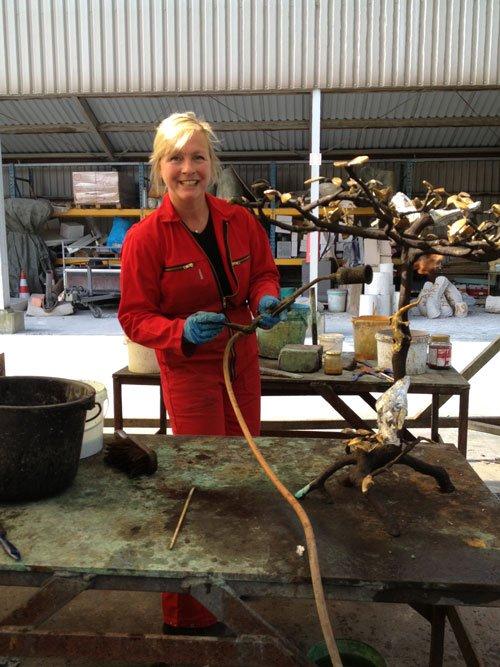 Paula Swinnen, bronze artist