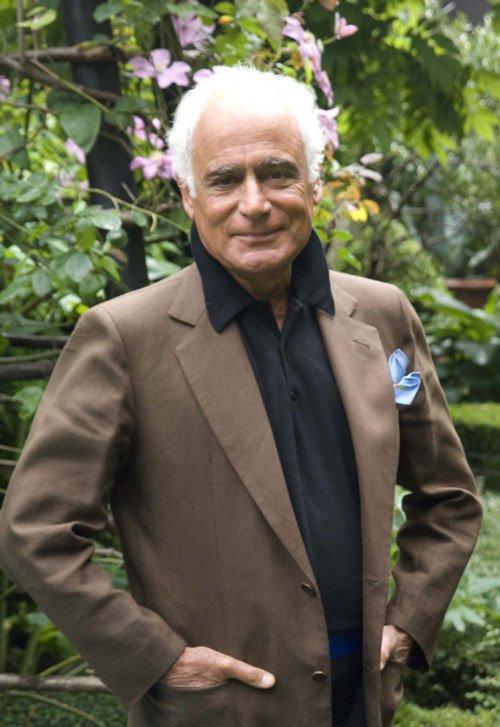 John Stefanidis