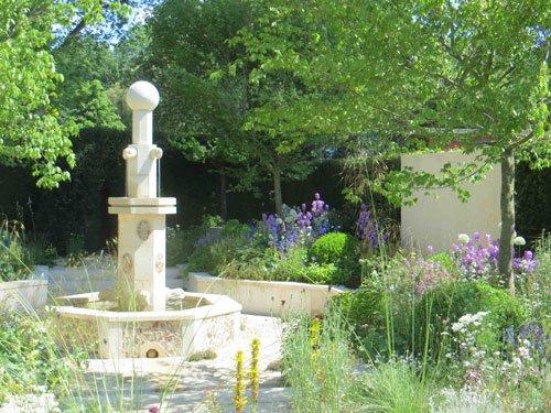 Chelsea Flower Show - Lichen Garden Antiques