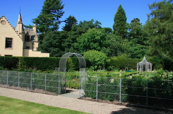 Garden Requisites